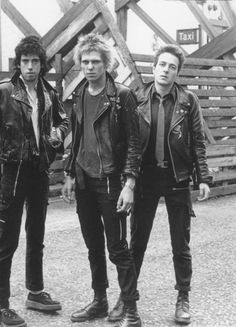Best Fashion Tips Music Pics, Music Images, Music Stuff, The Clash, Pop Rock, Rock N Roll, Toast Of London, Rock Revolution, The Future Is Unwritten