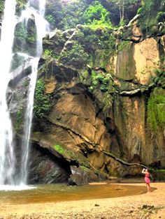 THAILAND: Pai is a cool hippy town with hostels in the hills, north of Chiang Mai. This place is a hippy haven and the journey to get there is delicious. #backpackers #hippietrail