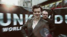 Harry Styles #HarryStyles #Harry #Styles #dunkirk #premiere #hot