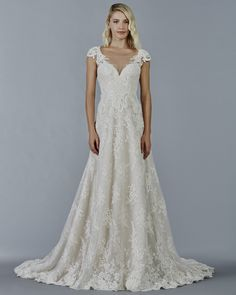 The more Kelly Faetanini wedding dresses we see, the more we love! These dreamy gowns below are stealing our hearts with romantic tulle skirts, sexy necklines and gorgeous off-the-shoulder looks. Kelly Faetanini uses lace embroidery and floral applique details so elegantly in this collection of wedding dresses. Get your fix of breathtaking bridal inspiration and start pinning …
