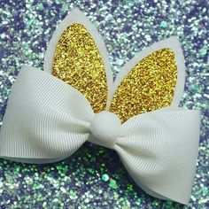 Easter Bunny Ear Bow/ Baby Headband/ Easter by bebellabowtiquee Diy Hair Bows, Making Hair Bows, Diy Bow, Ribbon Crafts, Ribbon Bows, Diy Crafts, Baby Bows, Baby Headbands, Easter Bunny Ears