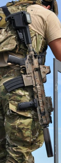 HK416 sighting at Mission First Tactical training.