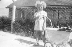 Tri-ang Dolls Pram 1951