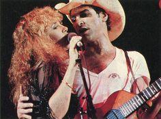 Stevie n Lindsey ♥ Stevie Nicks Lindsey Buckingham, Buckingham Nicks, Members Of Fleetwood Mac, Stevie Nicks Fleetwood Mac, British American, My Favorite Music, Pink Floyd, Music Is Life, Rock And Roll