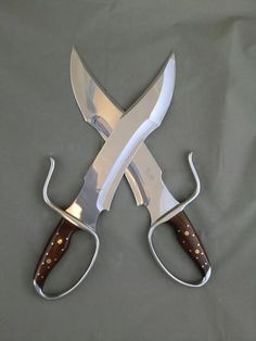 ***************Clearance Sale********************* Sword Type: Individual Full Handles Sword Construction: Conventional Blade Style: Unique/Custom Blade Lengt