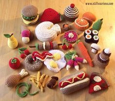 "Crocheted Play Food - FREE Crochet Pattern and Tutorial BUT WHY??? ""Yeah, I'll crochet some cold cuts today, peachy keen!"" I'll never get this trend nor Blythe dolls and the creation of outfits for Blythe - just read a book (like The feminine mystique...) already."