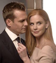 Suits Series, Suits Tv Shows, Beautiful Couple, Beautiful Eyes, Donna Harvey, Looks Baskets, Donna Paulsen, Sarah Rafferty, Suits Usa