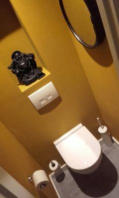 wc - ochre geel