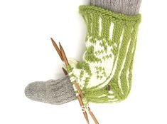 How to knit a heel with a loose thread