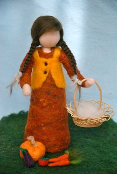 Autumn Waldorf inspired needle felted Standing doll: by MagicWool Fairy Crafts, Felt Crafts, Nuno Felting, Needle Felting, Willow Tree Figures, Felt Dolls, Rag Dolls, Crochet Dolls, Felt Angel