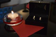 #decoraçãosimples #Diy #decoraçãonoivado #vermelho #branco #noivado #vela #aliança