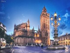Sevilla. Plaza del Triunfo