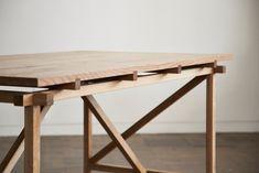 Zen Furniture, Diy Furniture Videos, Wardrobe Furniture, Simple Furniture, Furniture Design, Bokashi, Pine Table, Table Haute, Wood Detail