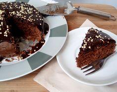 Bolo super fácil de Nutella (o melhor e mais fácil bolo de chocolate)