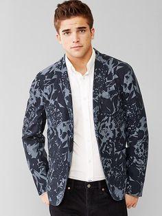 $89, Navy Floral Blazer: Gap Floral Print Blazer. Sold by Gap. Click for more info: https://lookastic.com/men/shop_items/296949/redirect