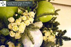 #Natale 2012: cesto con rami di abete e #rose bianche