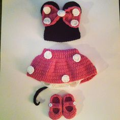 Minnie Mouse crochet newborn outfit