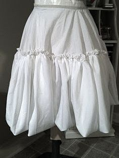 "I NEED this petticoat! I will be making one. I didn't even realize that a bubble-hemmed petticoat existed, or was a ""real"" petticoat!"