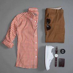 #goodmorning What's in your UrbaneBox this month? #winterstyle #urbane #winter #mensstyle #lookyourbest #dappergentleman #dapper #fashionista #fashion #dresstoimpress #style #gentlemen #gents #winterfashion #stylists #sweaterweather #urbanebox #fashionformen #clothes #menclothes #menswear #menwithstyle #mensstyle #men #man #gifts #giftformen #happysaturday
