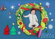 Sleeping Baby Art (Christmas Wreath) It can be a great greeting card!