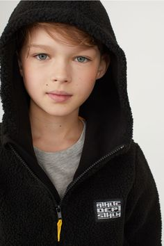 Fleece-lined Hooded Jacket - Black/pile - Kids Cute 13 Year Old Boys, Young Cute Boys, Cute Teenage Boys, Kids Boys, Cute Kids, Young Boys Fashion, Little Boy Fashion, Kids Fashion, Boys Summer Outfits