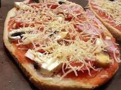 Bruschetta, Tapas, New Recipes, Cake Recipes, Passion Fruit Cake, Hawaiian Pizza, Vegetable Pizza, Food Videos, Sandwiches