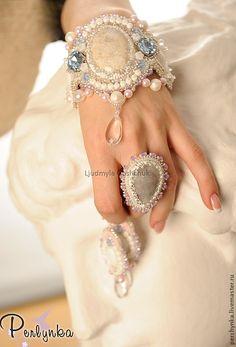 """Купить Комплект """"Снежная королева"""" - бледно-розовый, коралл натуральный, украшения ручной работы"""
