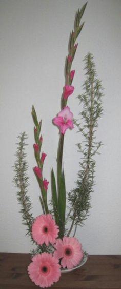 Ikebana par manu31, (Création n°11,522 vue 3,841 fois). Création de la galerie Art floral - Creavea