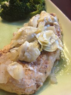 Healthy and delicious lemon-artichoke chicken. Perfect on a summer evening!