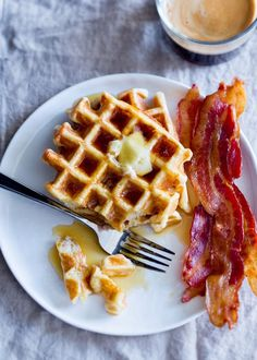 How To Make the Lightest, Crispiest Waffles / Fluffy, buttery interiors and crispy, crunchy exteriors are the hallmarks of a good waffle — a vehicle worthy of the finest maple syrup indeed. Waffle Recipes, Brunch Recipes, Breakfast Recipes, Yummy Recipes, Brunch Menu, Sunday Brunch, Recipies, How To Make Waffles, Making Waffles