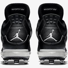 online retailer 53720 ecfce Air Jordan IV Retro Metal Men s Baseball Cleat brings legacy style to the  ballpark. The outsole provides excellent traction, while its durable  leather upper ...