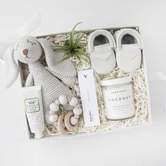 gifts for new moms, gender neutral baby gifts, lux Diy Gifts For Mom, Gifts For New Moms, New Baby Gifts, Best New Mom Gifts, Cute Baby Gifts, Unique Baby Gifts, Newborn Baby Gifts, Home Gifts, Bridesmaid Gift Boxes