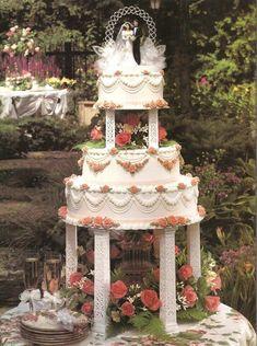 Floral Fantasy - Wilton Cake Gallery