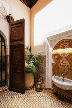Morrocan Bathroom, Morrocan Interior, Morrocan House, Morrocan Decor, Modern Moroccan Decor, Moroccan Bedroom, Moroccan Lanterns, Moroccan Tiles, Marocco Interior