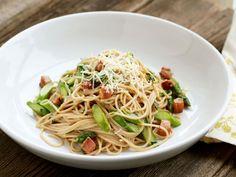 Spaghetti Carbonara with Asparagus