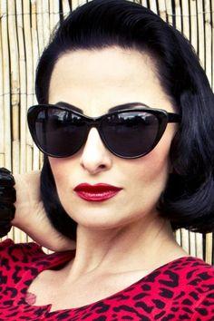 So Retro - 50s Cats Cat Eye Sunglasses Black