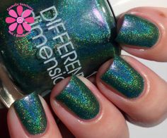DIFFERENT dimension Happy Holly Days Collection Swatches and Review