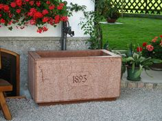 Marble Wall, Toy Chest, Storage Chest, Wall Fountains, Red, Home Decor, Paving Stones, Wall Panelling, Natural Stones