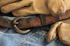 Can gun belts wear out? They can, and must be replaced. How long that will take depends on a number of factors. Open Carry, Concealed Carry, Factors, Belts, Guns, Number, Leather, How To Wear, Accessories
