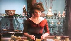 chocolat+the+movie | vianne stands her ground in the movie we see her hand paint the ...