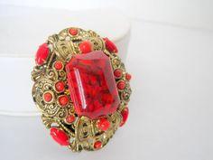 #VogueTeam #vintage #BiziTalk Red Art Glass Cabachon Brooch Rhinestone Gold by VintagObsessions