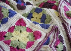 Crochet afghan -- and it's NOT in Dutch!