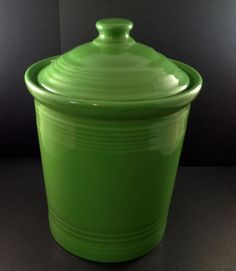 Fiesta Green Canister 2 Quart Fiestaware Homer Laughlin USA Pre-Owned #FiestaFiestaware