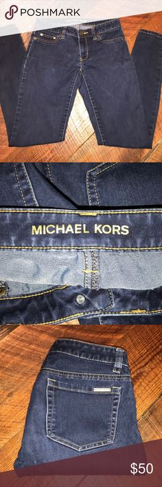 Michael Kors Denim Blue Jeggings Size 0 Excellent Condition - Inseam 30 - If you have any questions or concerns, please let me know. Thank you for looking at my listing. Have a blessed day! Michael Kors Jeans Skinny