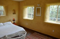 StrawBale House with American Clay Plaster by American Clay Enterprises, Eco Buildings, Mud House, Clay Houses, Tadelakt, Natural Homes, Straw Bales, Unusual Homes, Earth Homes, Natural Building