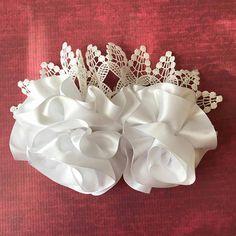 Mira este artículo en mi tienda de Etsy: https://www.etsy.com/es/listing/514180424/bridal-hair-comb-flower-girls-bridal