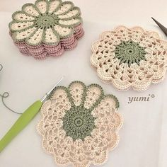 63 Ideas For Crochet Free Pattern Granny Square Haken patrones Crochet Flower Patterns, Crochet Motif, Crochet Doilies, Knitting Patterns Free, Crochet Flowers, Crochet Stitches, Free Pattern, Doilies Crafts, Crochet Ideas