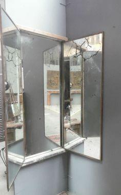 miroir de magasin model triptyque trois vantaux osature chêne encadrement laiton