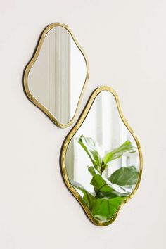Petal Mirror from Urban Outfitters. Saved to Mirrors. Shop more products from Urban Outfitters on Wanelo. Mirrors Urban Outfitters, Urban Outfitters Home, Bohemian Design, Bohemian Decor, Bohemian Style, Mirror Crafts, Flower Mirror, Apartment Essentials, Asymmetrical Design