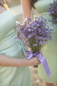 Beautiful color combo. Soft green and purple. Lovely Lavender Bouquets | Photography: Photo Love | Floral Design: Rose of Sharon